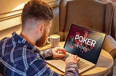 playing poker online at home